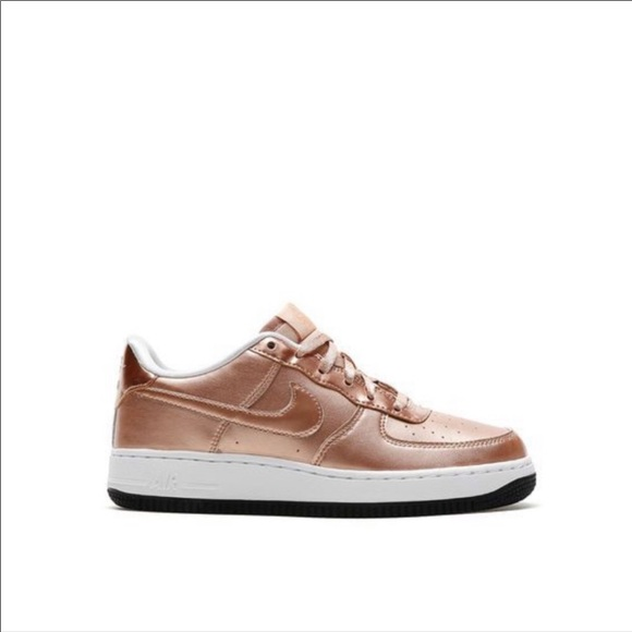 quality design 69ab5 d9774 Nike Air Force 1 Women's 8.5/ Men's 7 in Rose Gold NWT